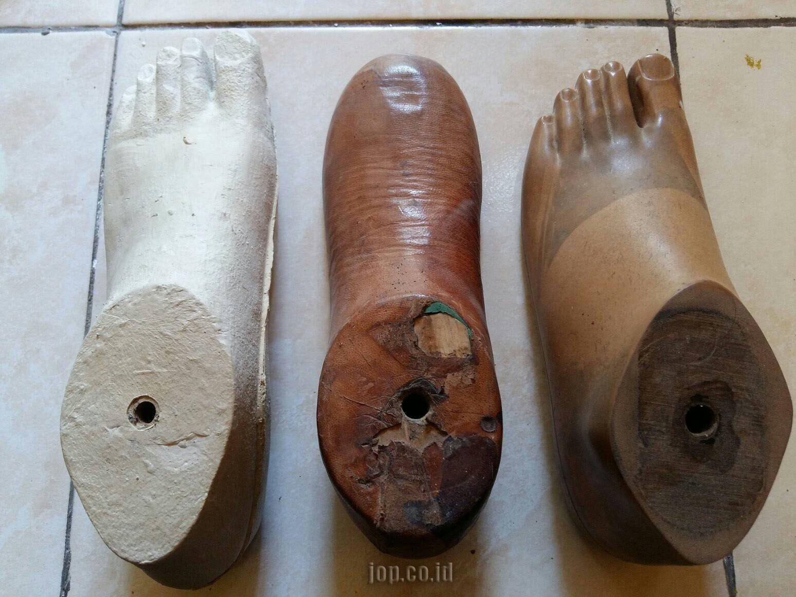 telapak kaki palsu